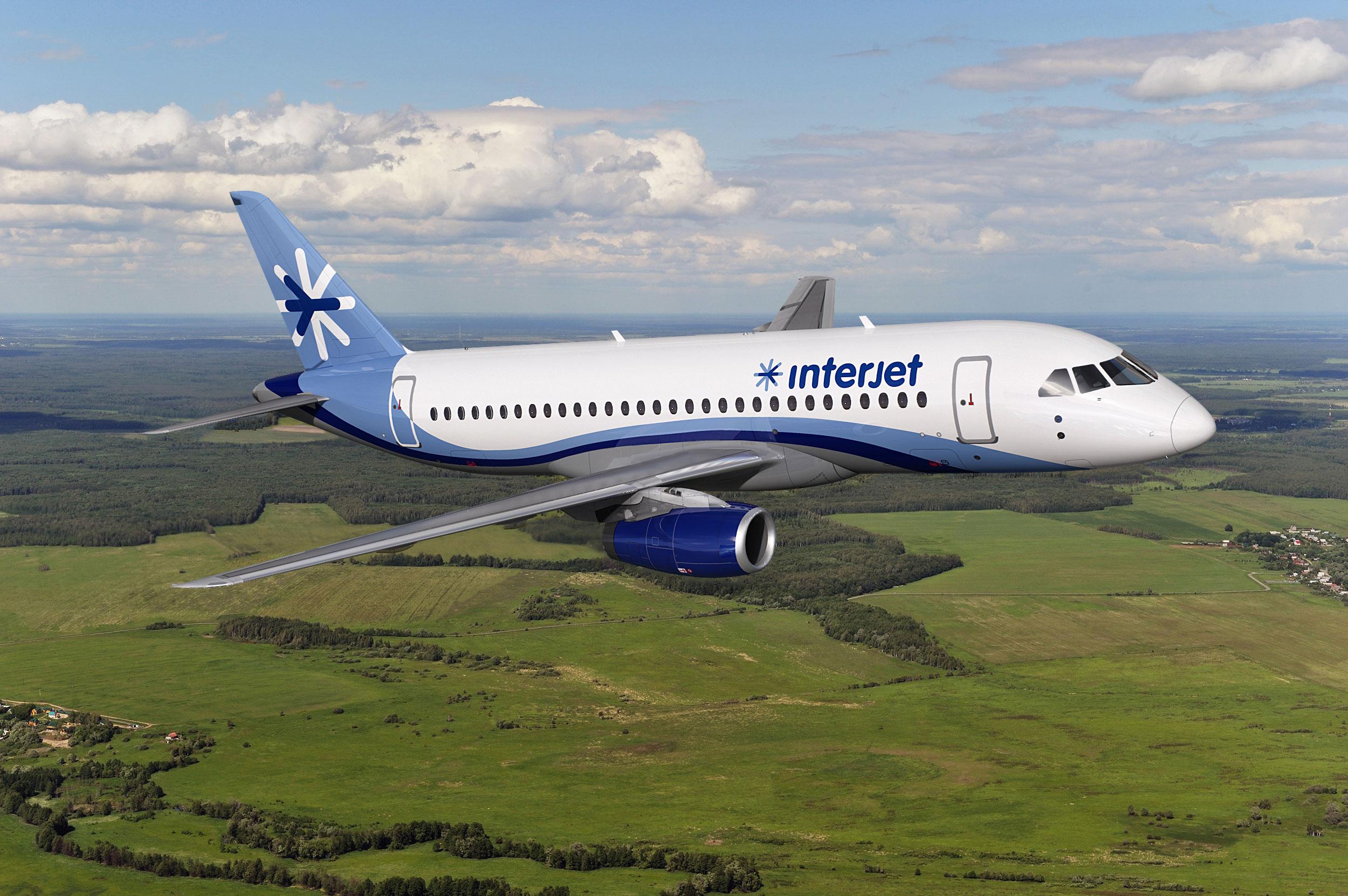 Revista Latitud 21 » Interjet vuela alto con Superjet 100